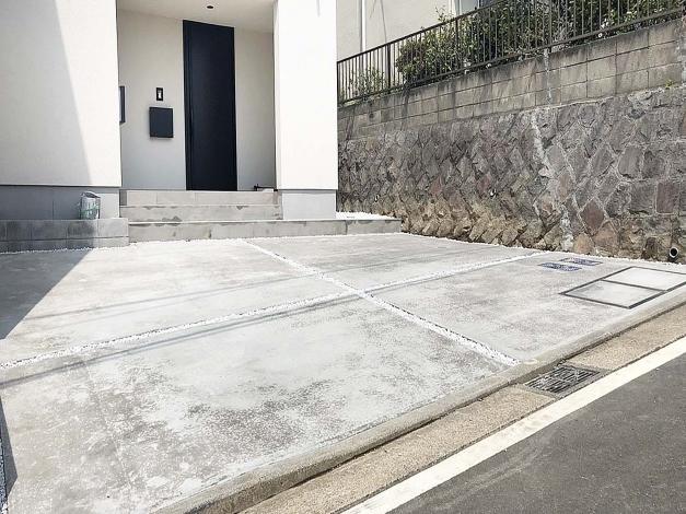新築外構工事 アプローチ コンクリート 横浜 / / / / / /